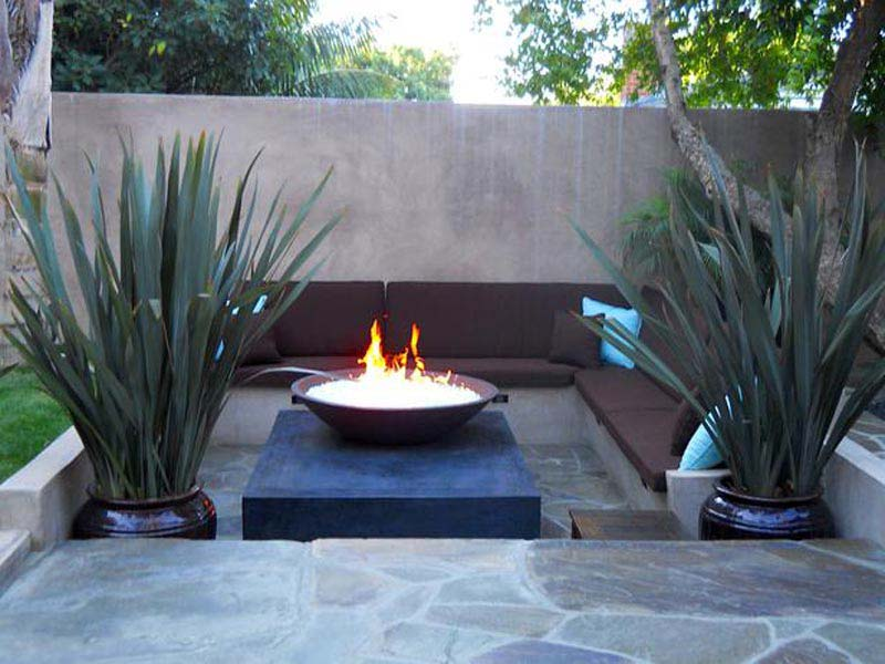 Fire Pit For Small Backyard
