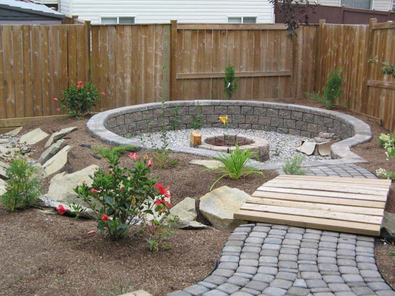 Make Your Own Garden Fire Pit