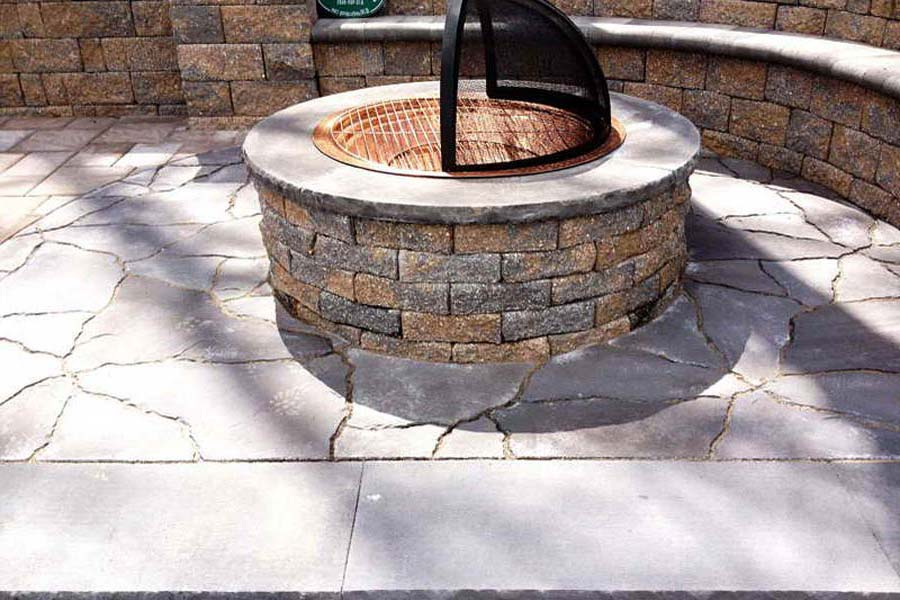 Outdoor Fire Pit – Types Frequently Used at Homes