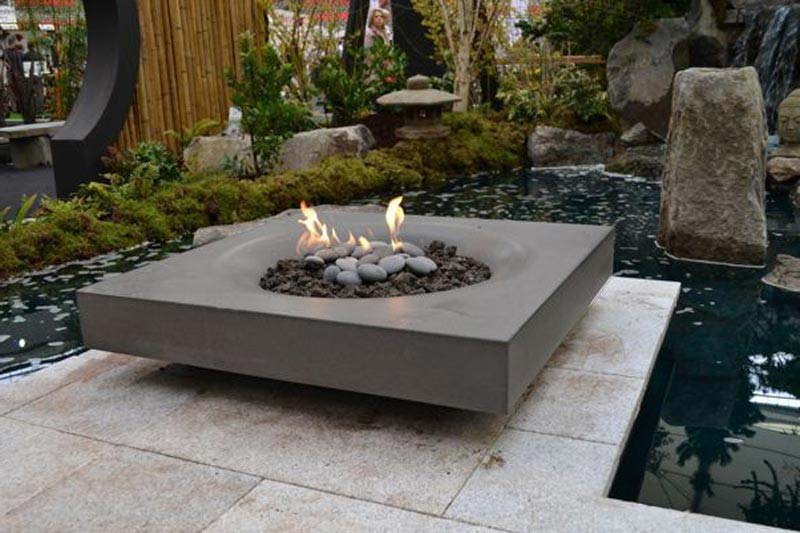 Make the world go round with a round fire pit