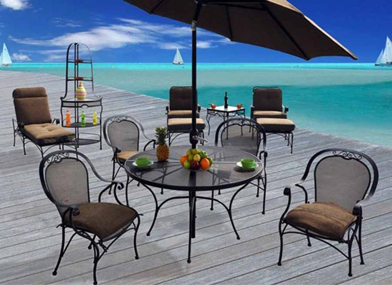 Wrought Iron Patio Furniture With Umbrella