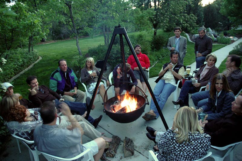 Cowboy Cauldron Portable Fire Pit Grill