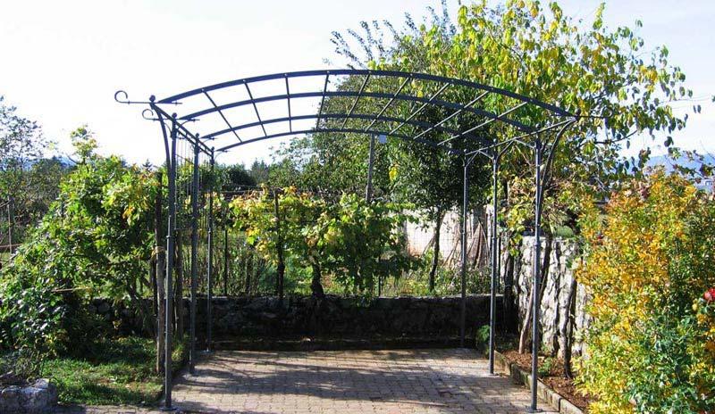 Metal Garden Pergola
