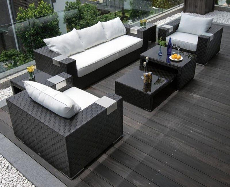 Strathwood garden furniture