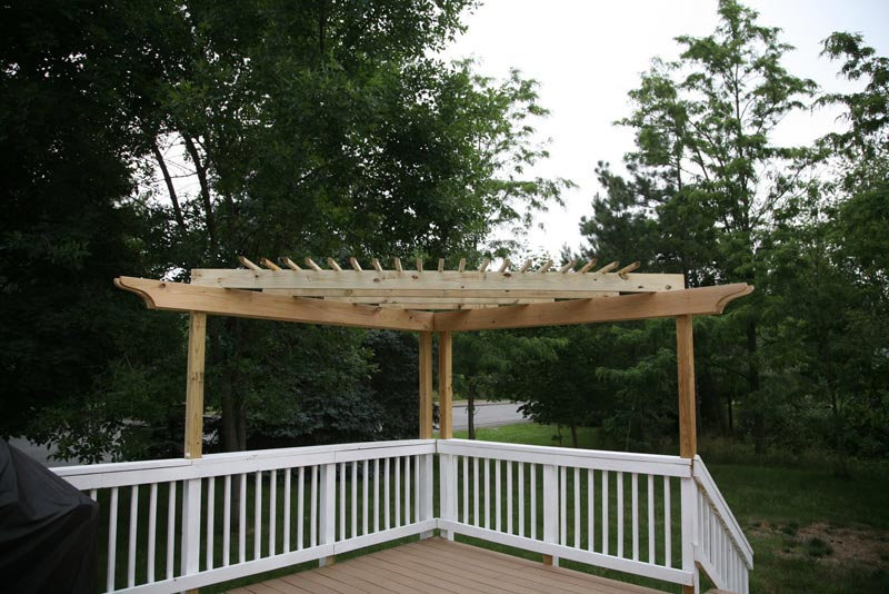 Make Triangular Pergola