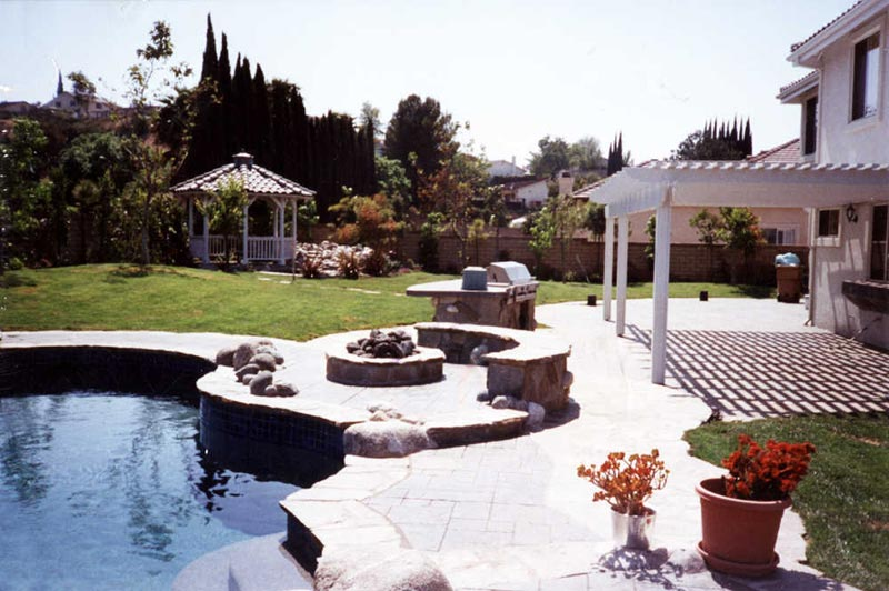 Fire Pit Design To Make Your Outdoor Exterior Even More Enchanting