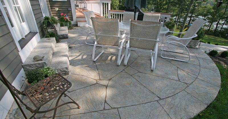 Concrete patio ideas for backyard