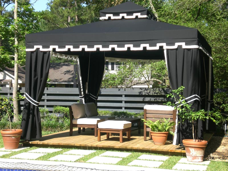 Custom gazebo curtains