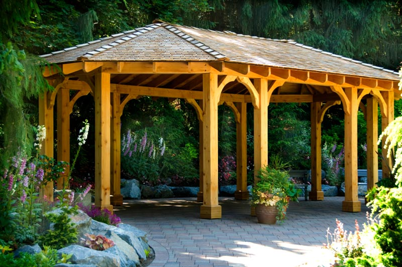 Custom gazebo walls