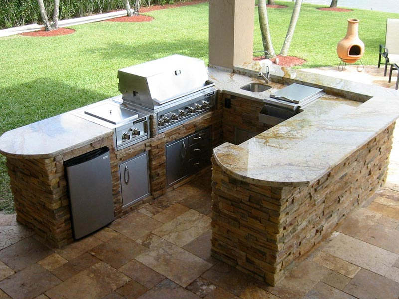 Outdoor barbecue area design