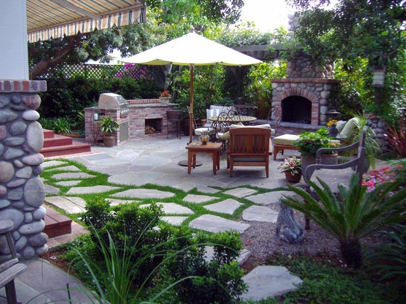 Backyard bbq area ideas
