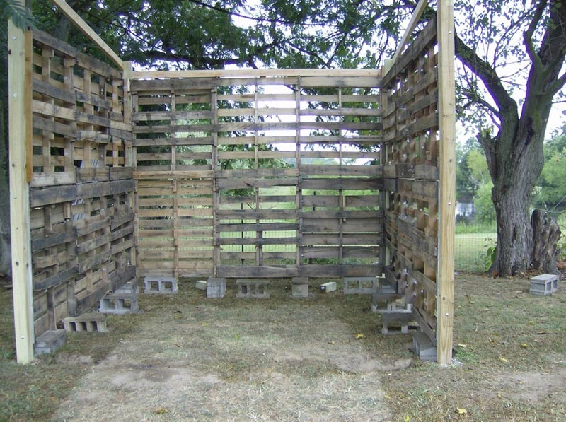 How to make a firewood shed from pallets