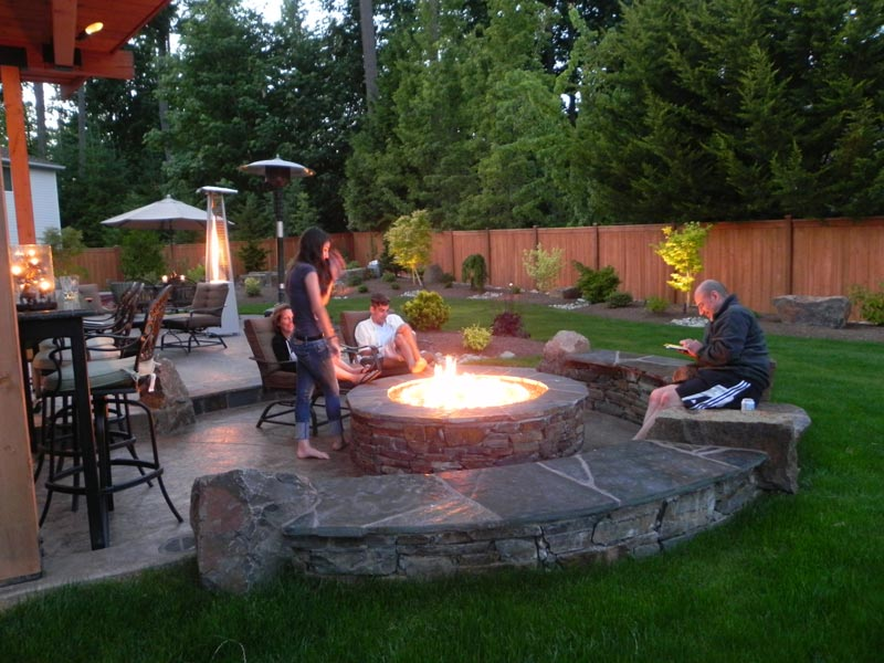 Backyard fire pit patio ideas