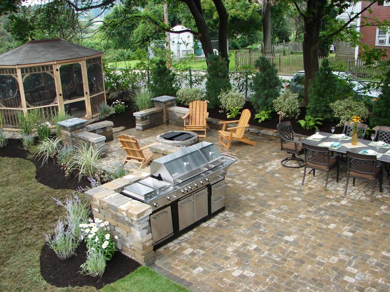 Patio barbecue plans