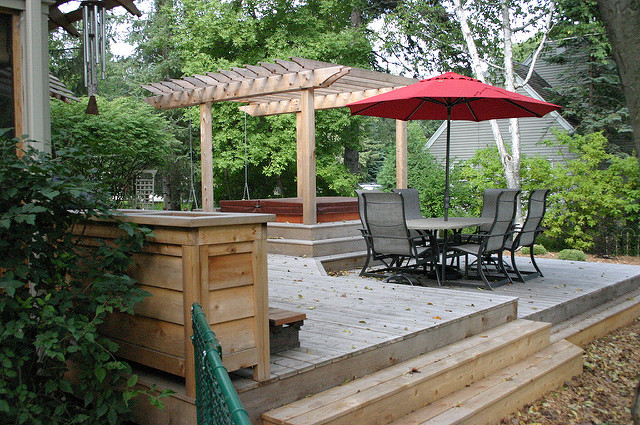 twincities custom relaxed pergola deckdesignideas multileveldesign
