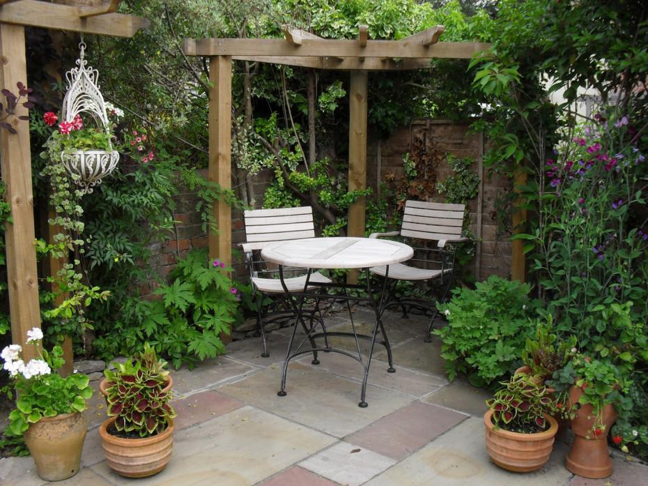 small garden pergola