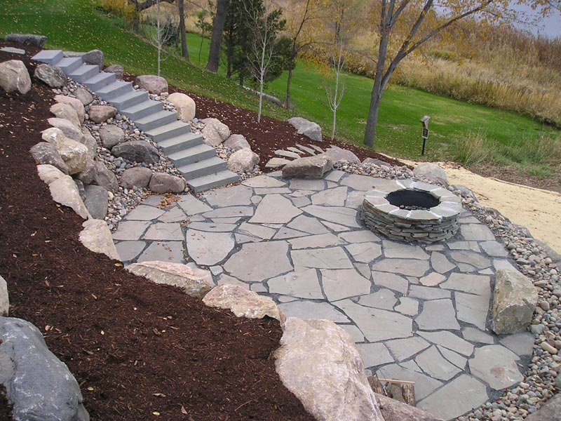 Stone patio ideas with fire pit