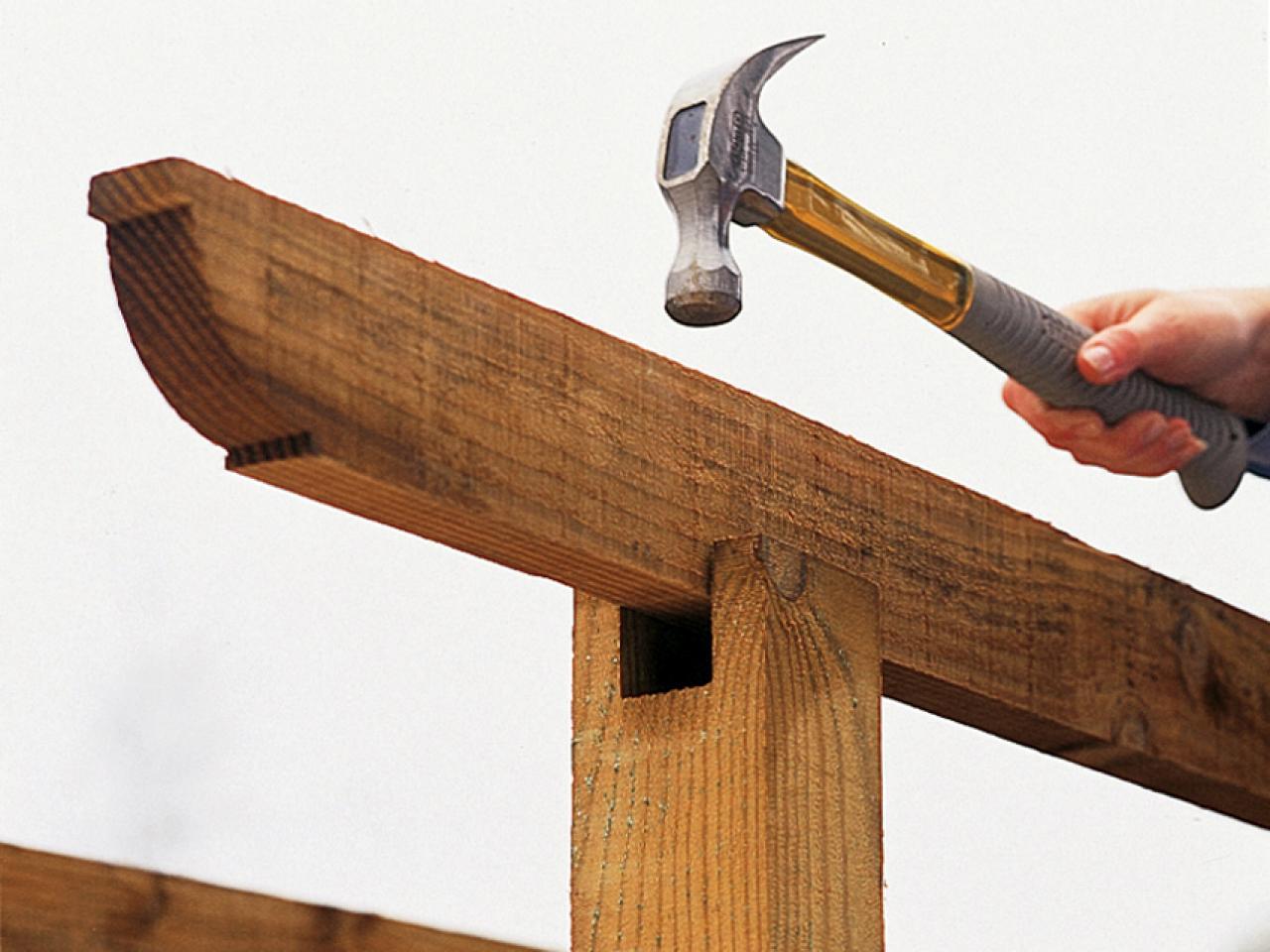 Building A Freestanding Pergola
