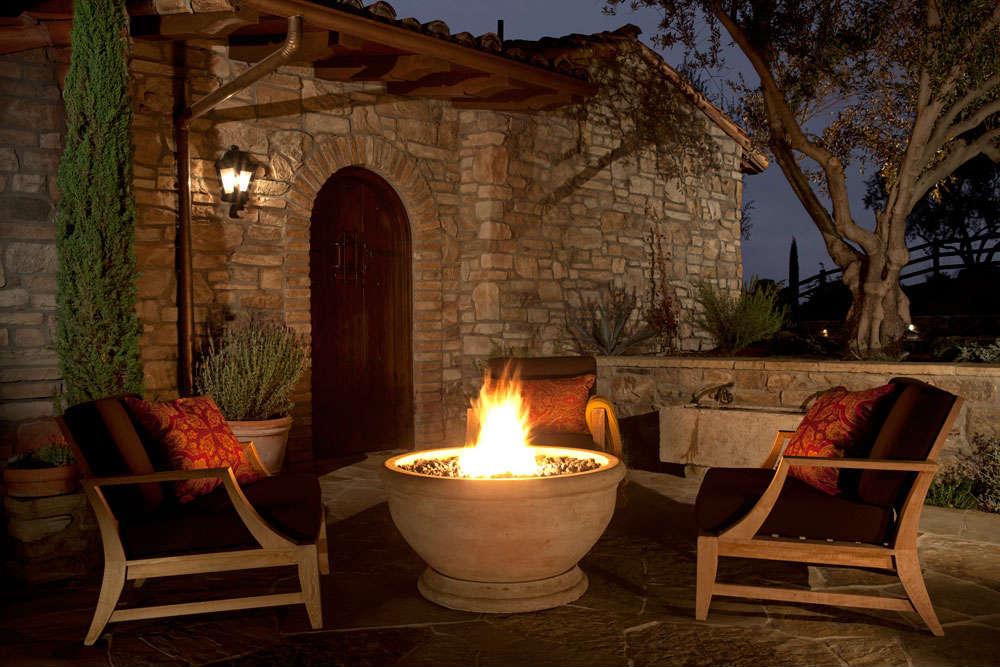 Outdoor fire bowls propane