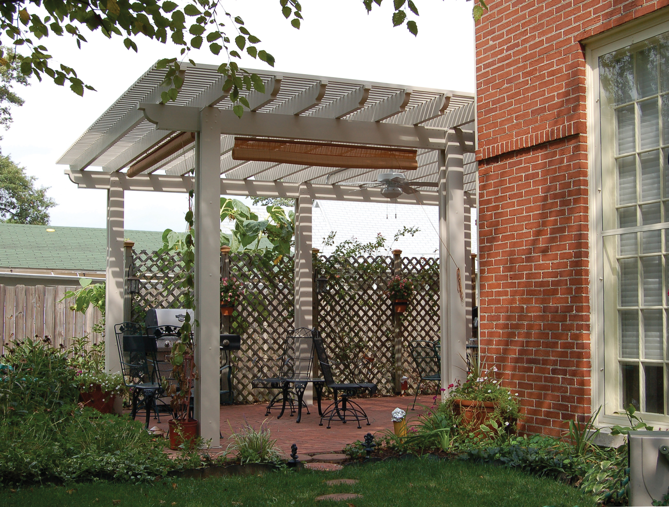 astonishing free standing aluminum pergola garden landscape. Black Bedroom Furniture Sets. Home Design Ideas