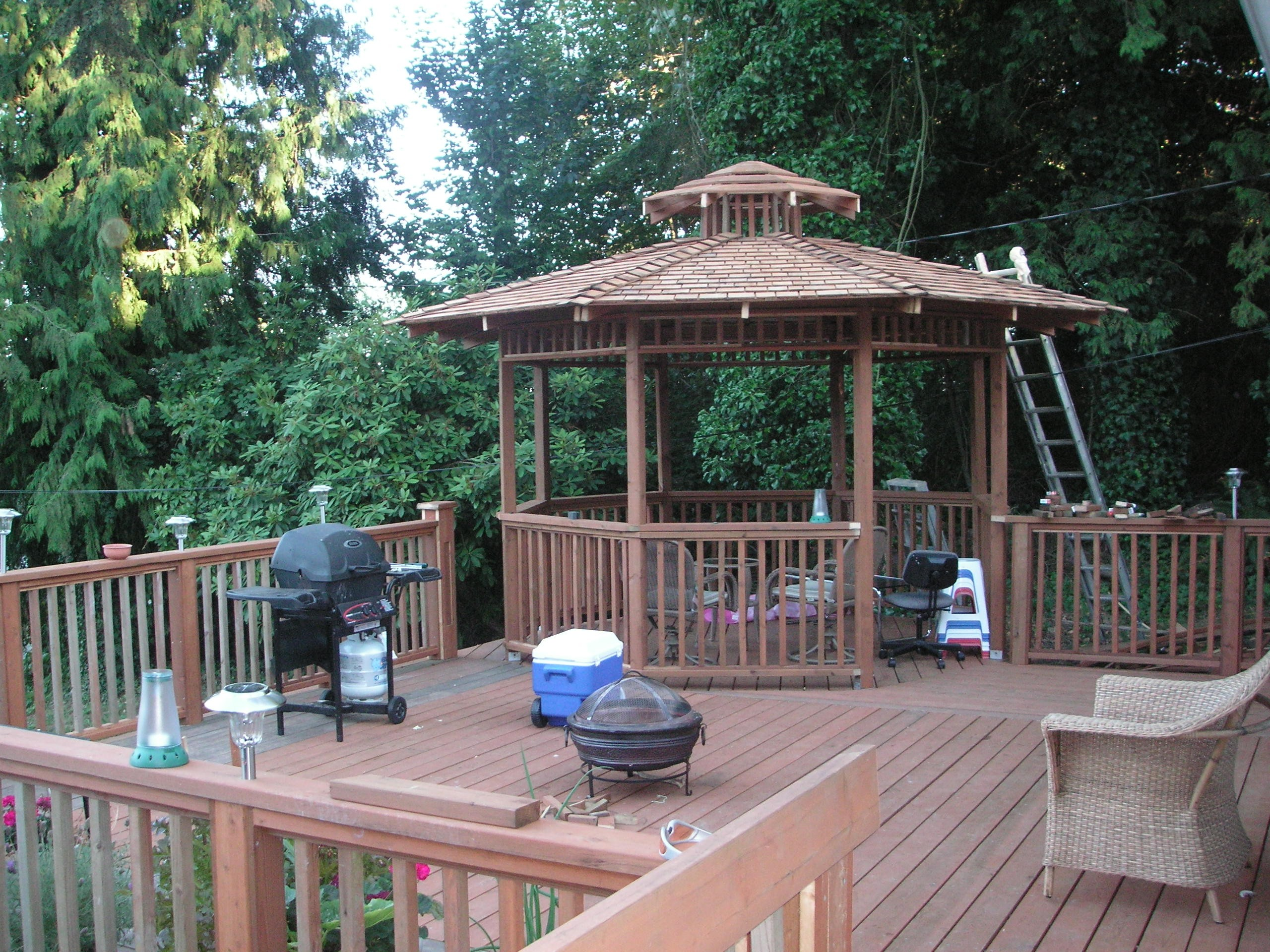 Insider how to build a gazebo on a deck garden landscape for Gazebo house plans