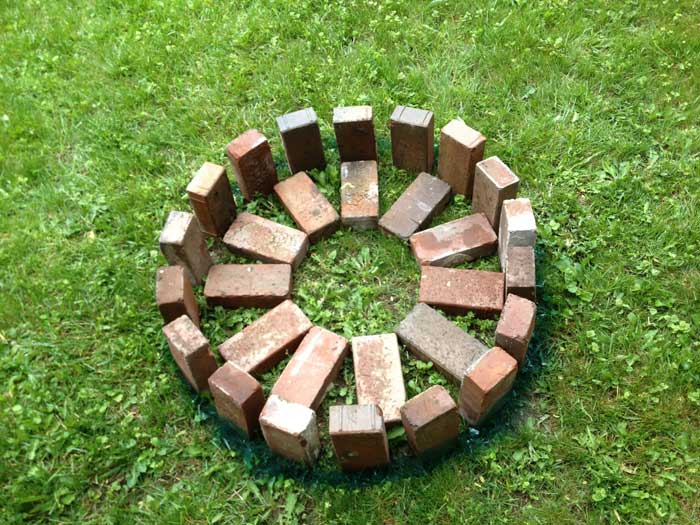 Calculate bricks for fire pit