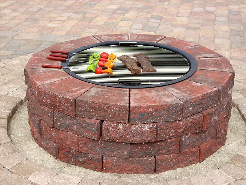 Insider brick fire pit grill garden landscape for Brick fire pit design ideas