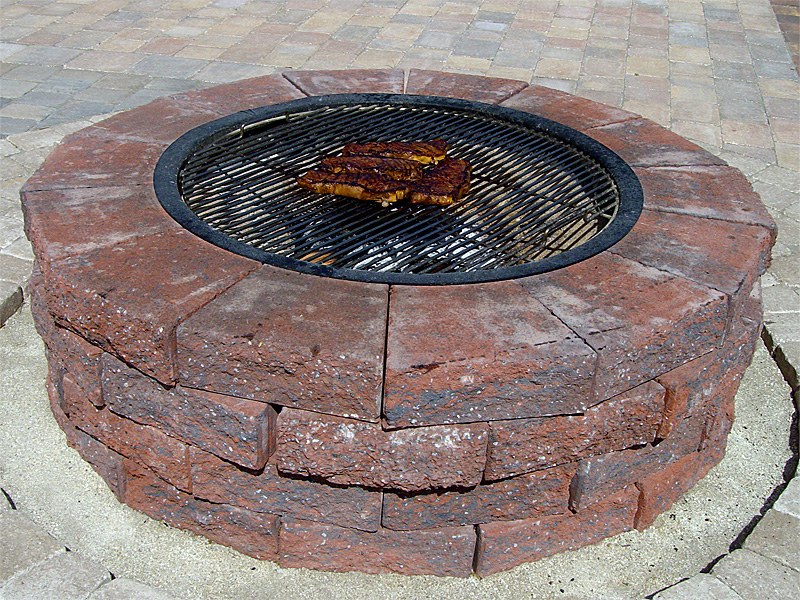 Fabulous diy fire pit cooking grate garden landscape for Easy diy fire pit with grill