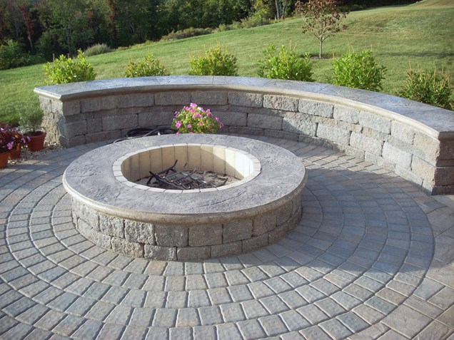 Fire Pit With Concrete Blocks