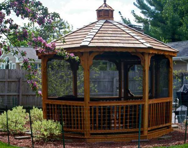 Traditional Elegant Octagon Screened Gazebo