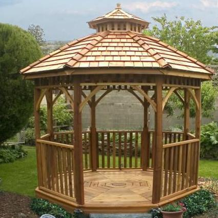 Enchanting octagon screened gazebo