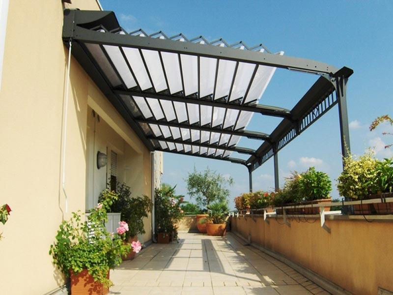 Aluminum Pergola With Retractable Roof