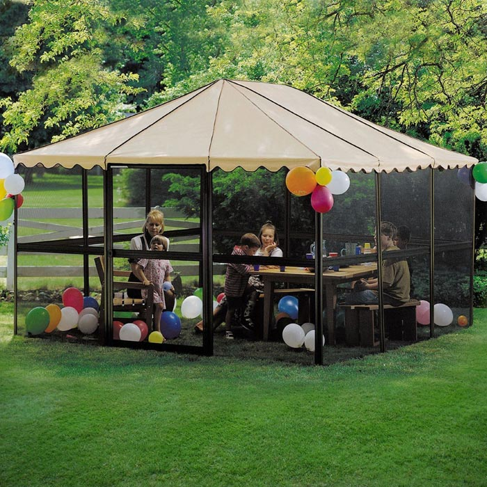 Portable gazebo: tips and instructions for the buyers
