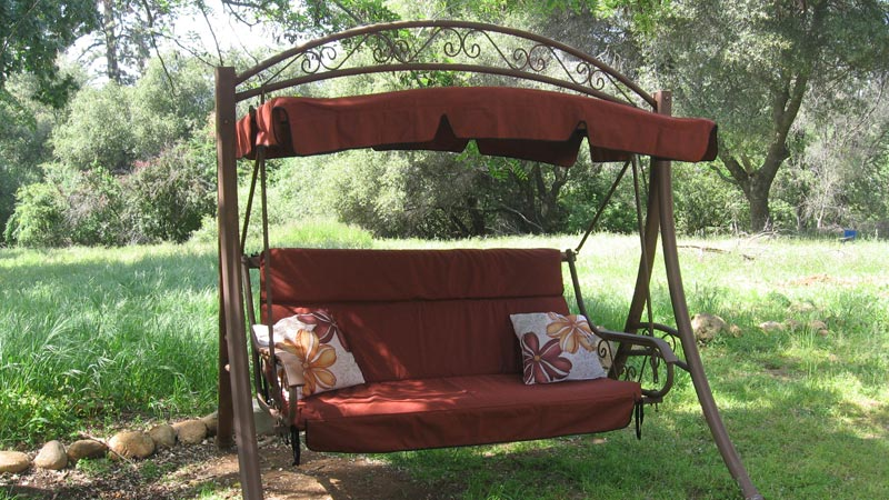 Costco deluxe patio swing with canopy