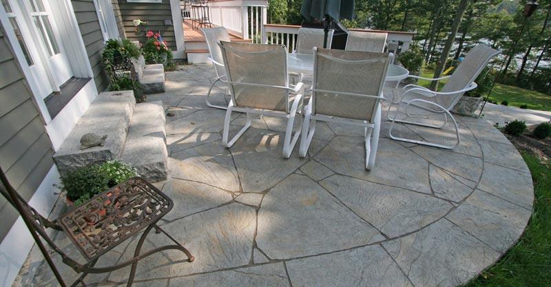 Concrete patio ideas for backyard