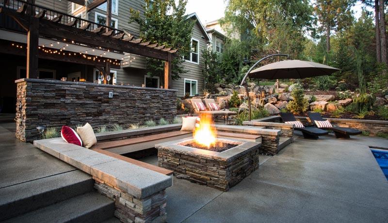 Concrete patio designs fire pit