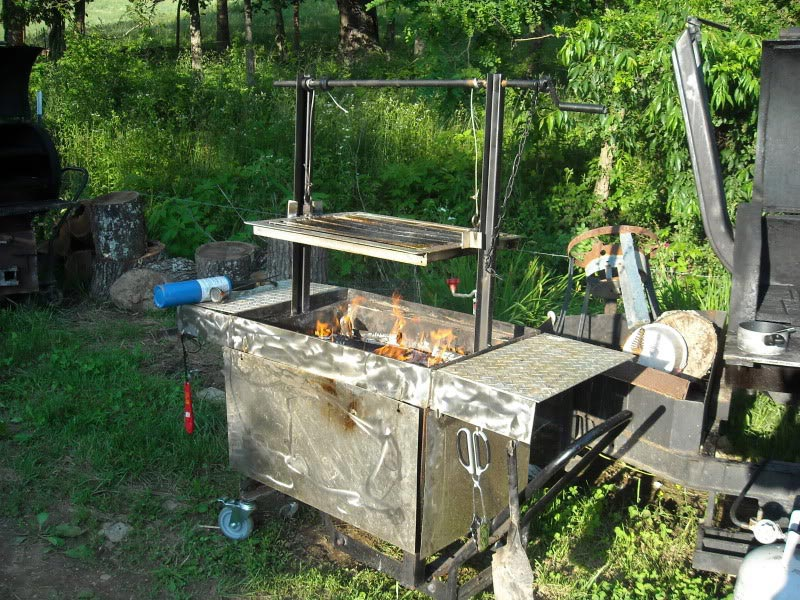Homemade outdoor bbq grills