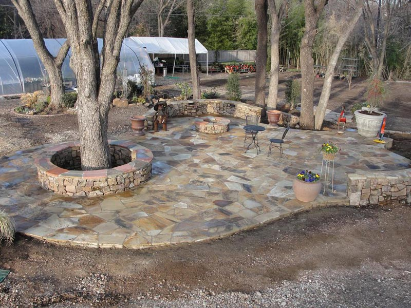 Stone patio with fire pit ideas