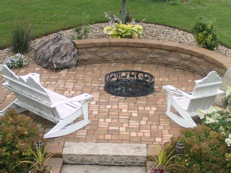 Outdoor fire pit area designs